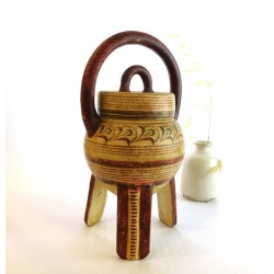 Minoan cooking pot with handle and lid